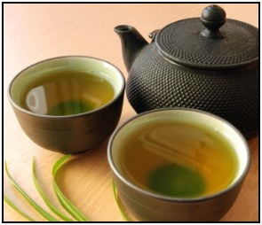 Learn how to use green tea fat burning properties to lose weight.